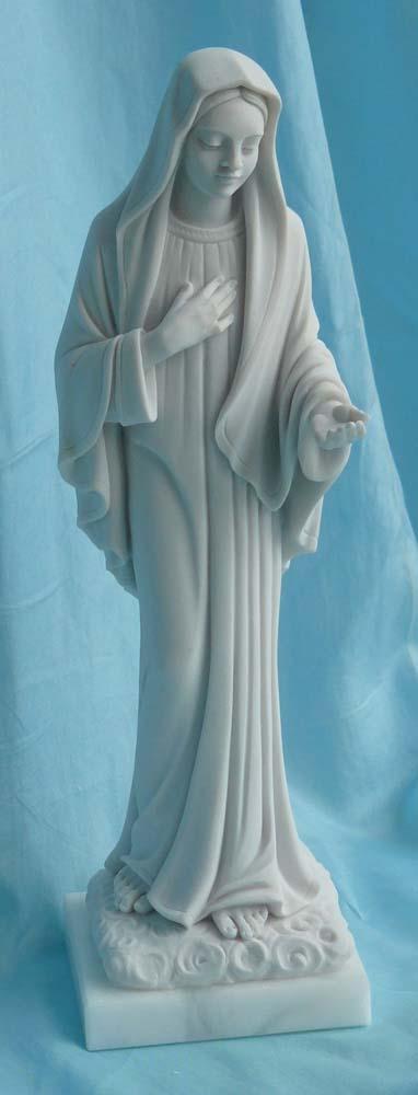 statua della Madonna di Medjugorje altezza 26 cm, cod. 25MMJ25MR