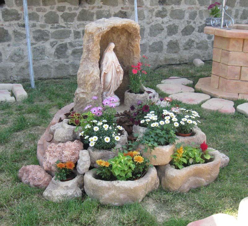 Grotta per madonna in finta roccia con vasetto per statue da 40 a 80 cm articoli sacri - Nicchie per statue da giardino ...