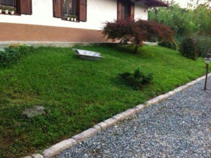 bordura per aiuole col. terra di Siena, cod. 05BT, località: Pavia