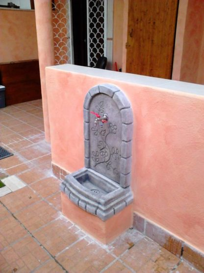 fontana a muro Perugia col. antichizzato, cod. 03FMPAT, località: Roma