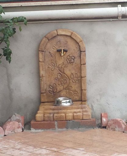 fontana a muro Perugia col. old stone, cod. 03FMPOS, località: Roma