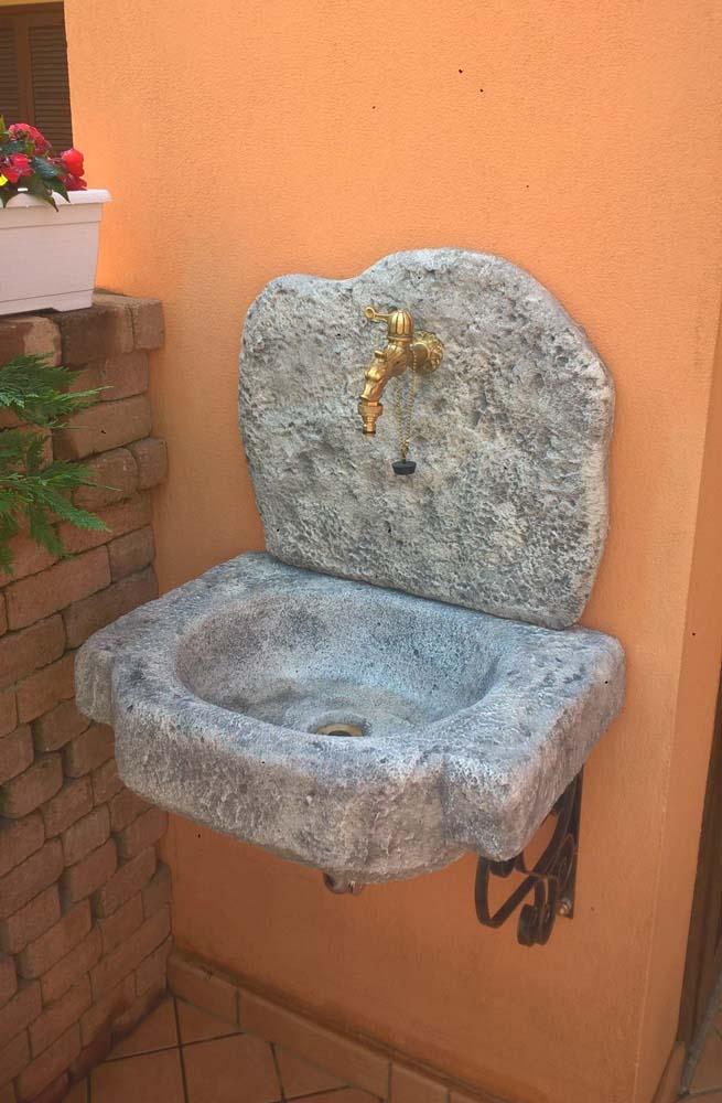 Lavello pietra da giardino tutte le immagini per la for Progettazione di idee di scantinato