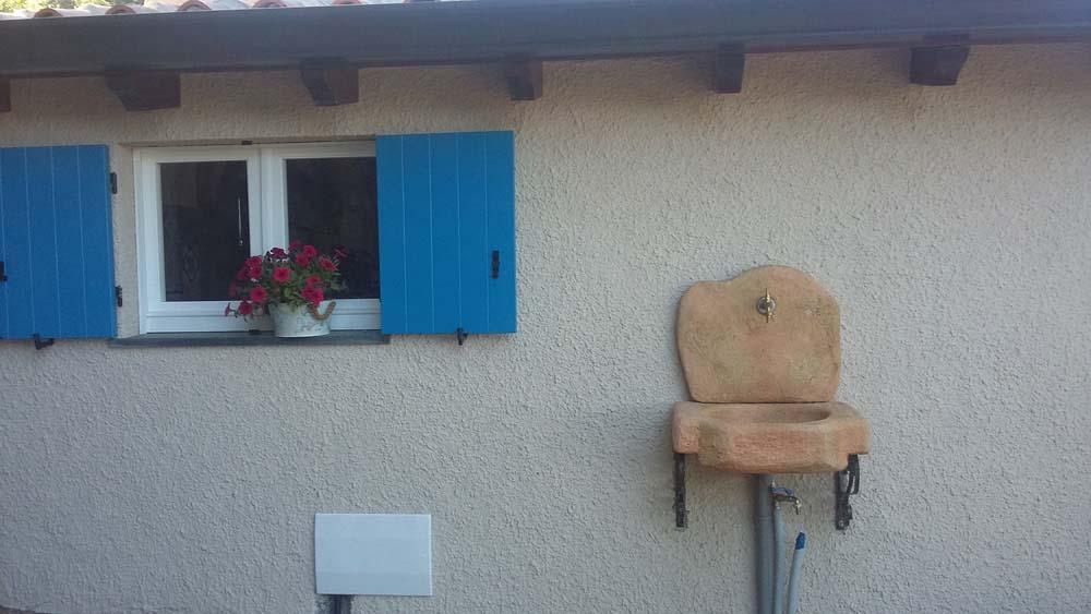 Lavello da giardino anterselva r c di rinaldi geom franco - Fontane a muro da giardino ...