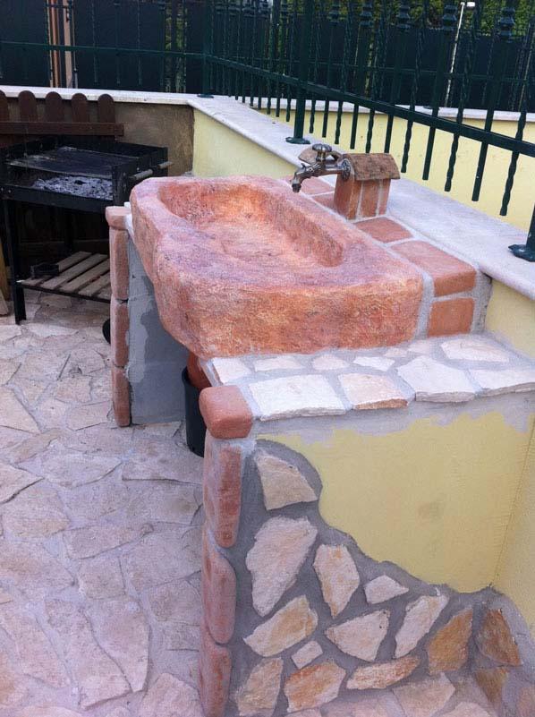 Lavello da giardino tovel con supporti r c di rinaldi geom franco - Fontane da giardino roma ...