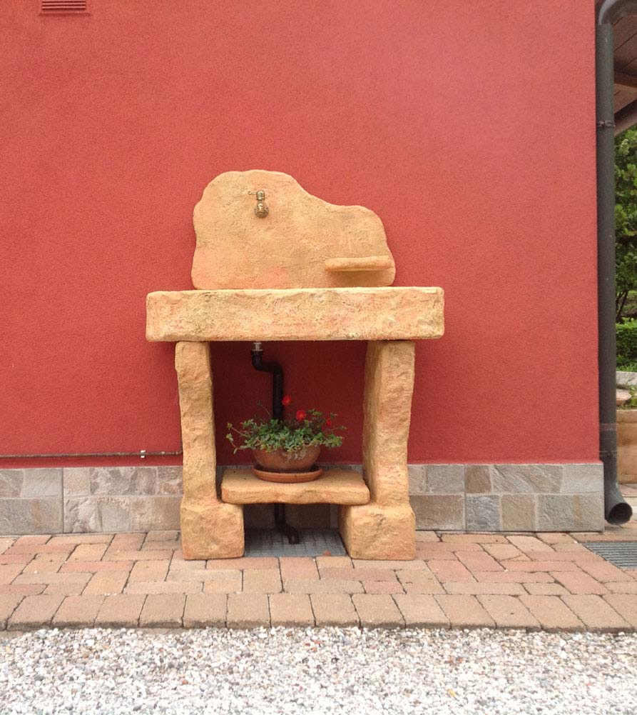 Lavello da giardino tovel con supporti fontane a muro e - Lavelli in pietra da giardino ...