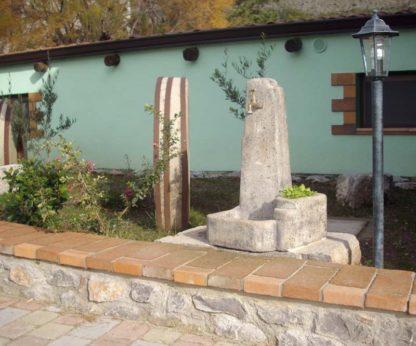 fontana Arezzo col. antichizzato, cod. 03FARAT, località: Lauria (Potenza)
