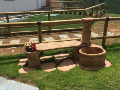fontana da giardino azalea con panchina col. old stone, cod. 03FAZPOS, località: Gandino (Bergamo)