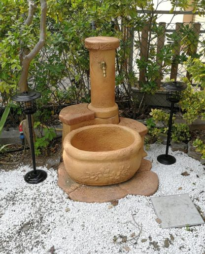 fontana azalea col. mattone, cod. 03FAZM, località: Cesenatico (Forlì Cesena)
