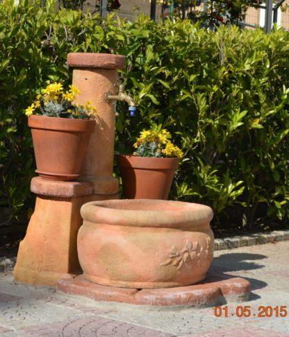 fontana azalea col. pietre del borgo, cod. 03FAZP, località: Vitorchiano (Viterbo)