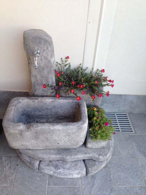 Fontana dolomiti 60 r c di rinaldi geom franco - Fontane da giardino design ...