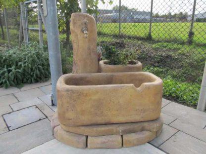 fontana Dolomiti 80 e bordi curvi col. old stone, località: Campodarsego (Padova)