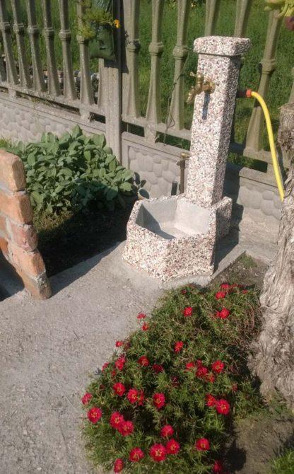 fontana esagonale 45 ghiaia colorata, cod. 03F45C, località: Taglio di Po (Rovigo)