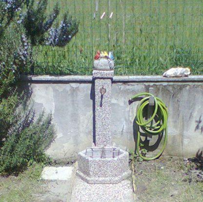 fontana esagonale 45 ghiaia di fiume, cod. 03F45F, località: Bussoleno (Torino)