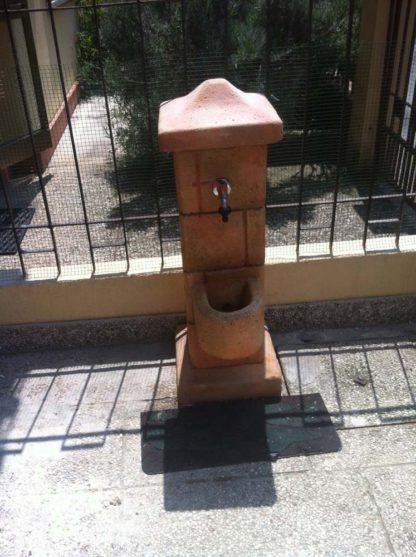 fontana pilastrello col. pietre del borgo (fuori produzione), cod. 03FPP, località: Rovigo