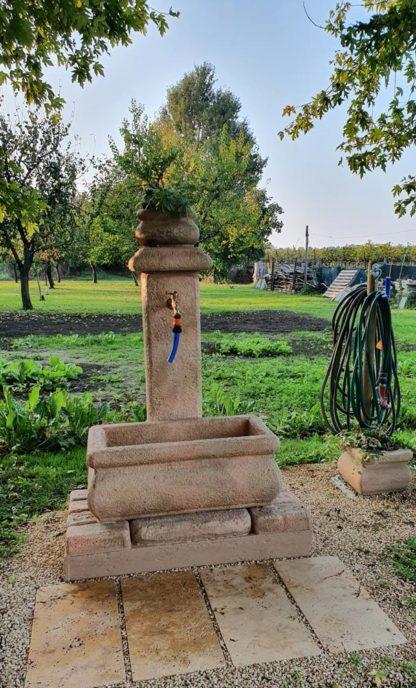 fontana Volterra rettangolare 80 col. pietre del borgo, cod. 03FVRE80P, località: Maranello (Modena)
