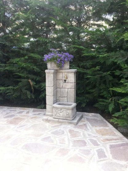 fontana fonte antica col. antichizzato, cod. 03FOAAT, località: Arcola (La Spezia)