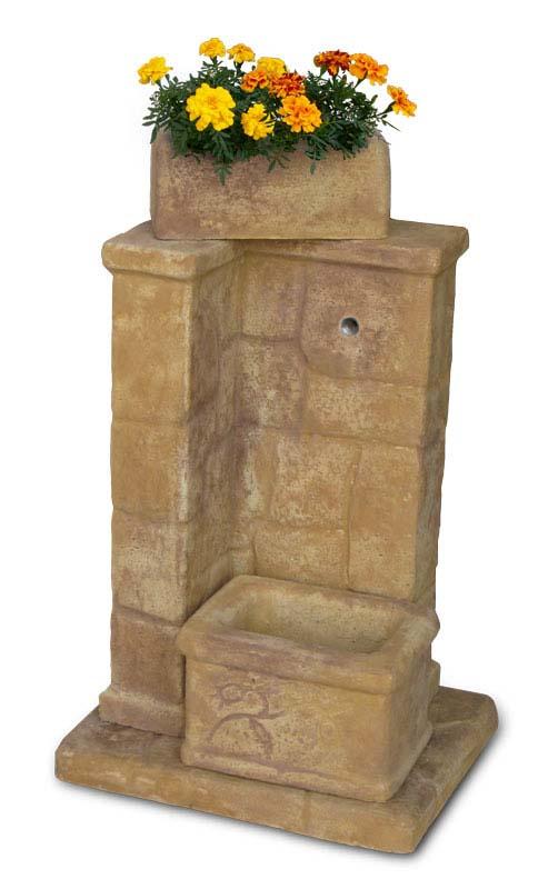Fonte antica r c di rinaldi geom franco for Prodotti da giardino