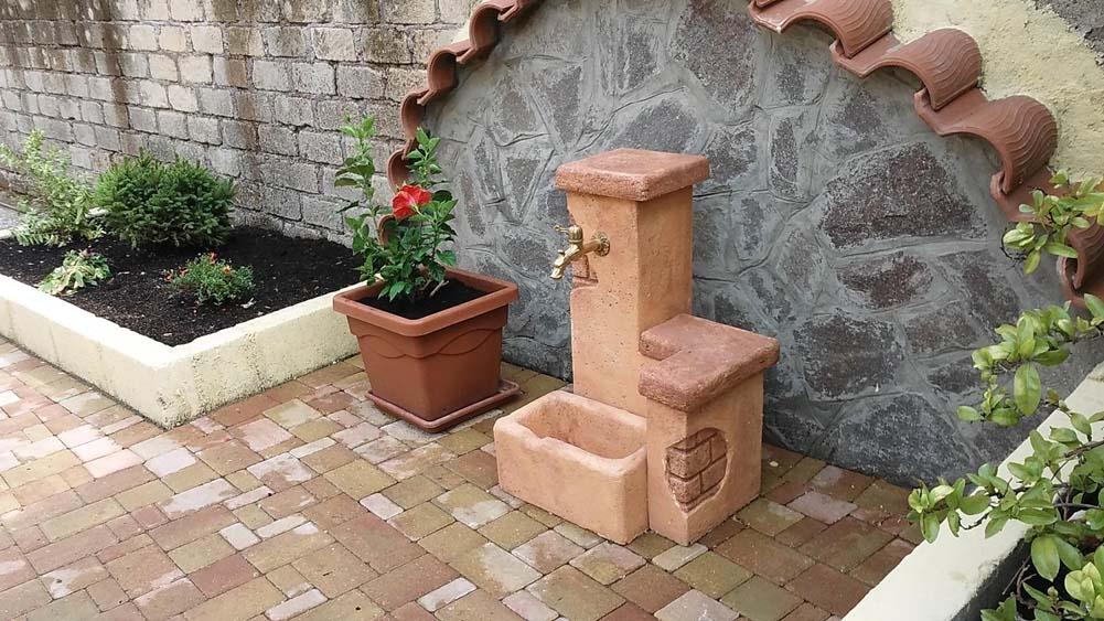Fonte del casale easy fontane da giardino r c di for Fontane in pietra fai da te