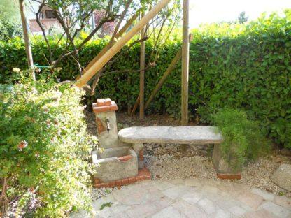 fontana fonte del casale con panchina col. antichizzato, cod. 03FDCPAT, località: Staranzano (Gorizia)