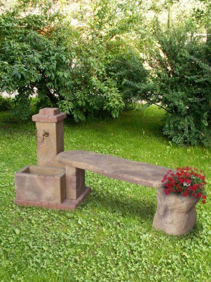 fontana fonte del casale con panchina col. old stone, cod. 03FDCPOS, località: Dobbiaco (Bolzano)