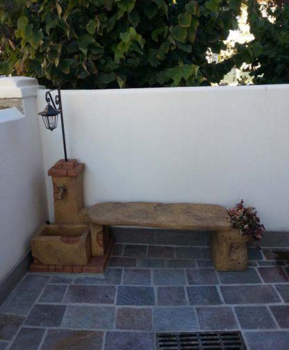 fontana fonte del casale con panchina e lanterna col. old stone, cod. 03FDCPLOS, località: Mira (Venezia)