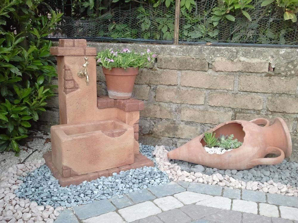Fonte del casale fontane da giardino r c di rinaldi geom franco - Fontana a colonna da giardino ...