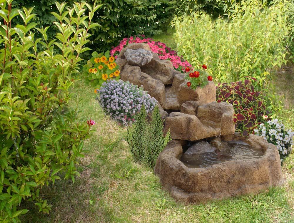 Gioco d 39 acqua nilo giochi d 39 acqua e laghetti per giardino r c di rinaldi geom franco - Giardino d acqua ...