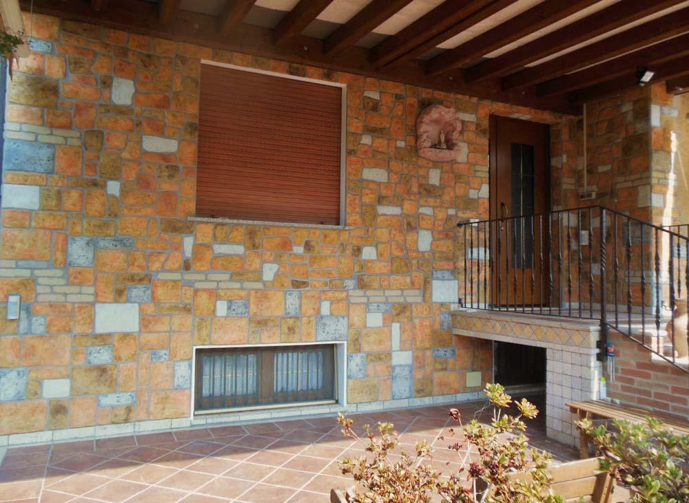 Pietre murali umbria r c di rinaldi geom franco - Pietre murali per interni ...