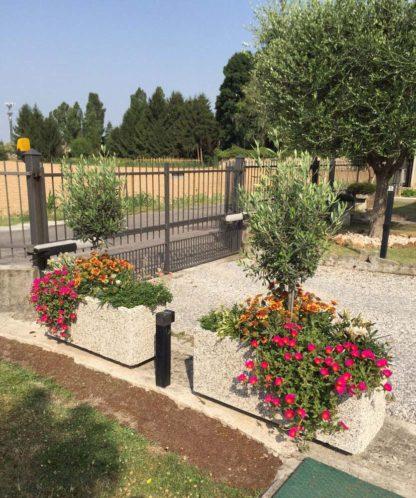 fioriera rettangolare 100x35 ghiaia di fiume, cod. 01FR100x35F, località: Adro (Brescia)
