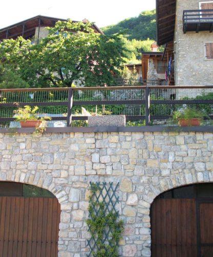 fioriera rettangolare 80x25 ghiaia di fiume, cod. 01FR80F, località: Tenno (Trento)