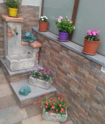 vaso rettangolare 30 e fontana fonte del casale easy, col. antichizzato, località: Sinagra (Messina)